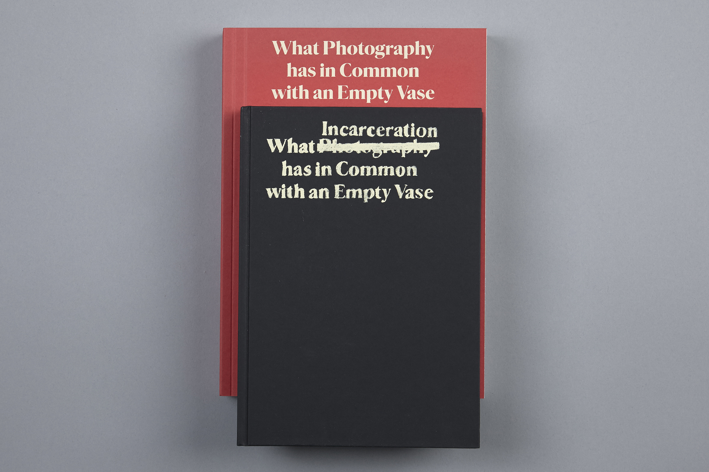 martins-photography-common-empty-vase-delpire-co-2