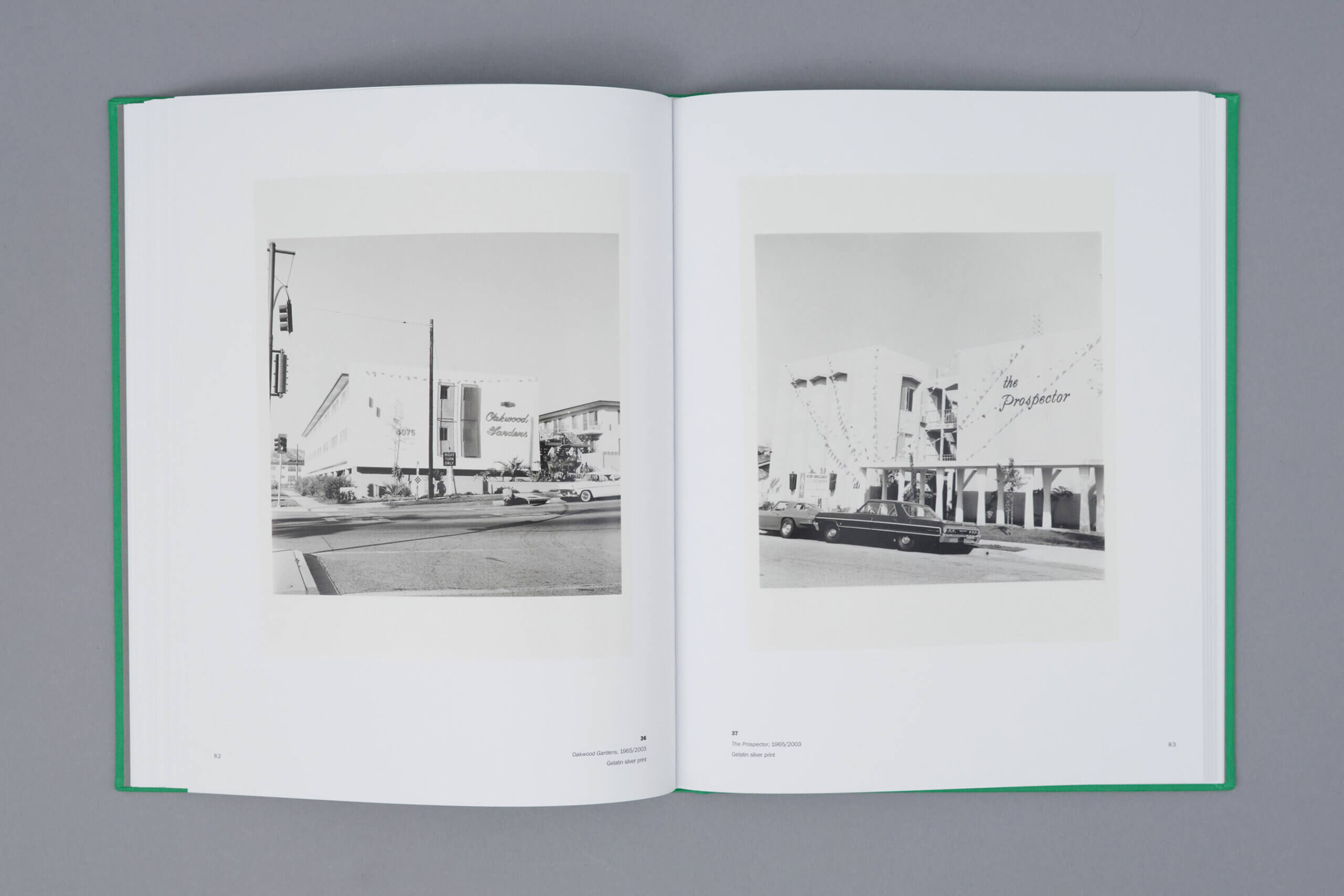 Ruscha-los-angeles-appartements-steidl-1